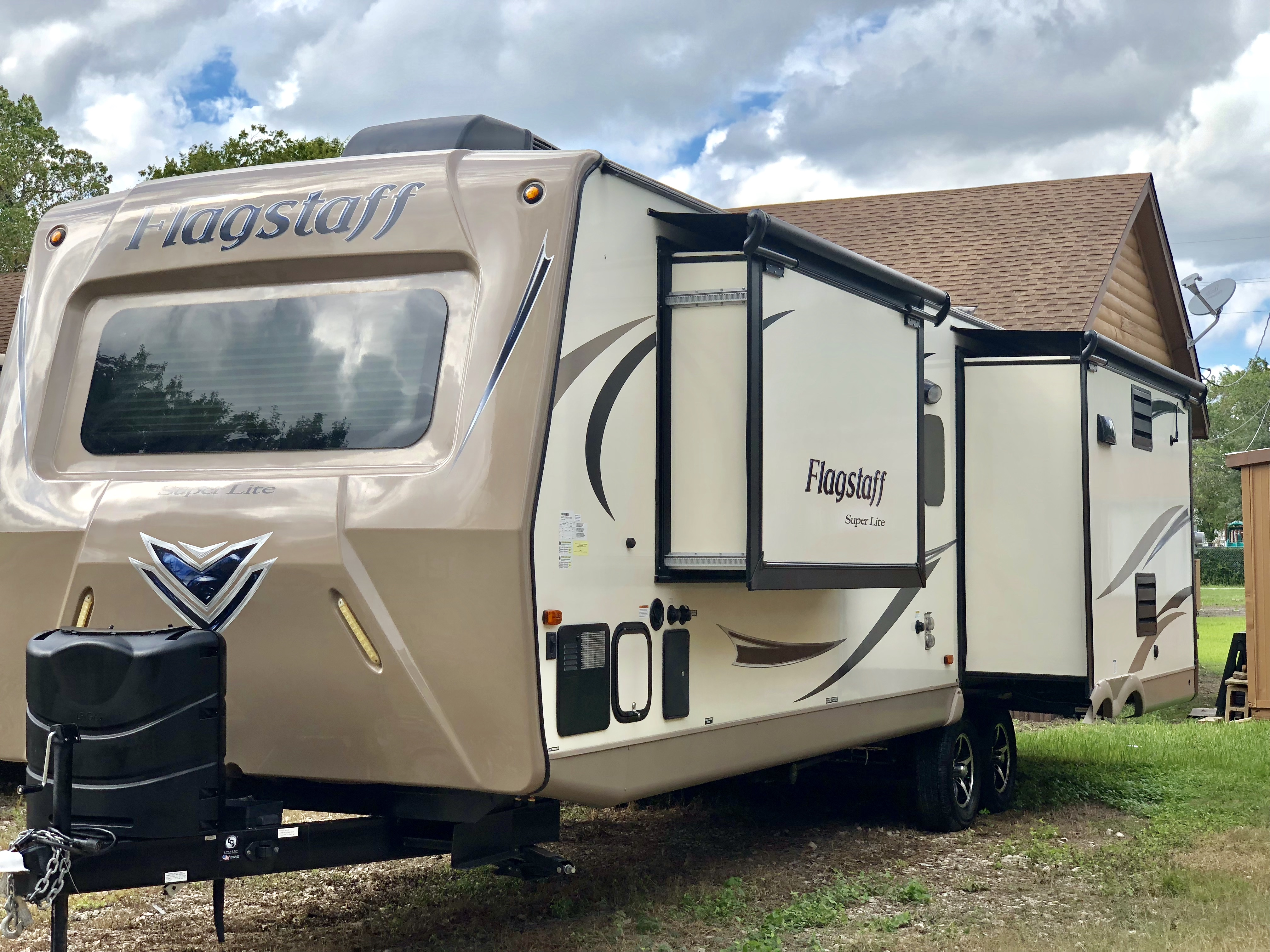 2017 Flagstaff Super Lite By Forestriver Travel